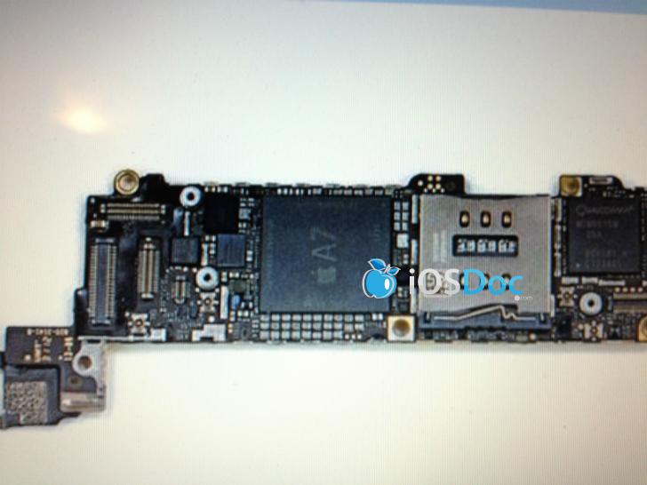 iphone 5s chip a7 quad core cu 2 gb ram si un ios 7 cu widget uri si un siri mai bun. Black Bedroom Furniture Sets. Home Design Ideas