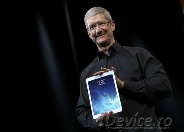 Tim Cook iPad - iDevice.ro
