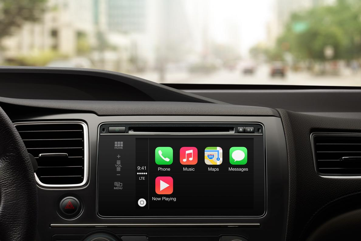 Apple CarPlay Siri