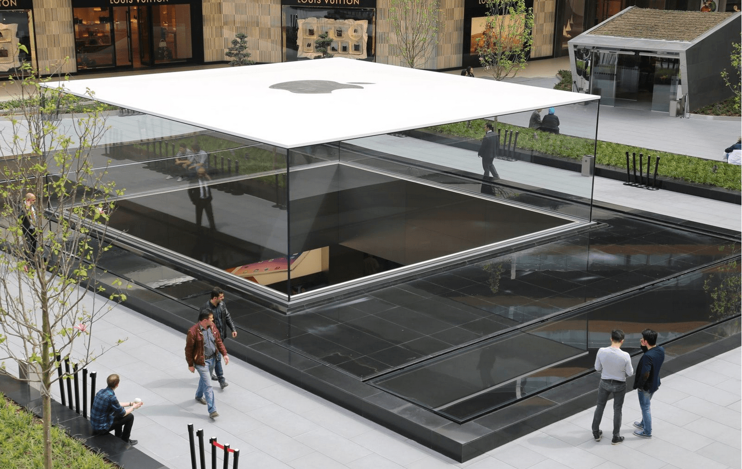 Apple Store Istanbul 4