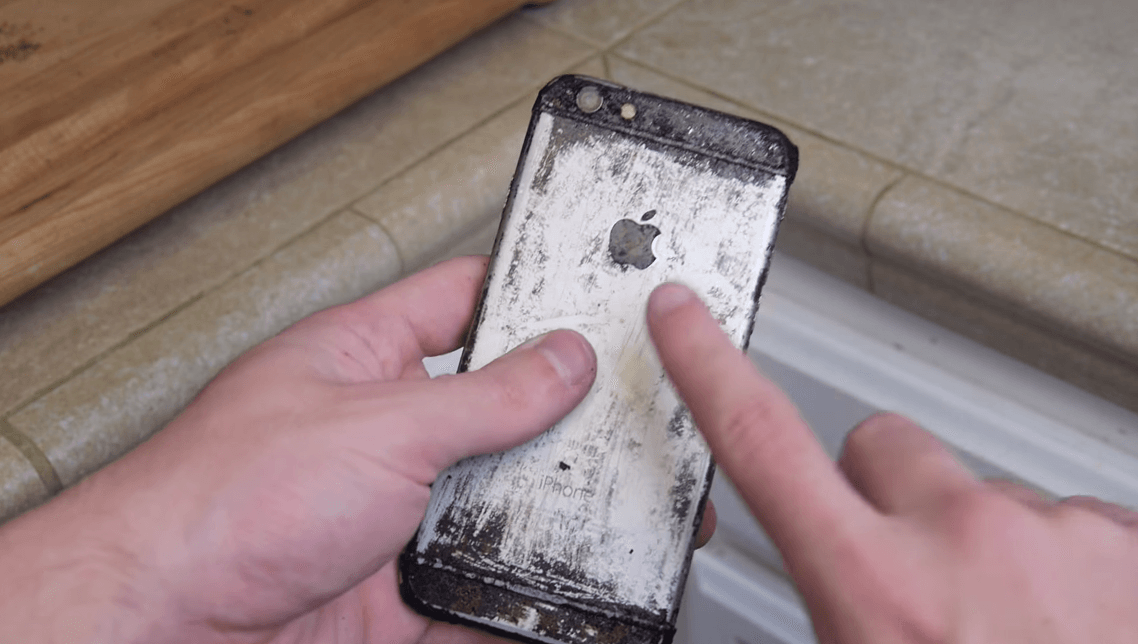 iPhone 6 fiert Coca Cola