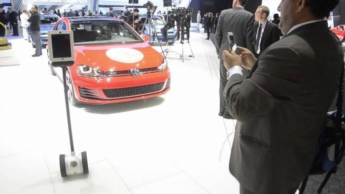 Volkswagen iPad robot