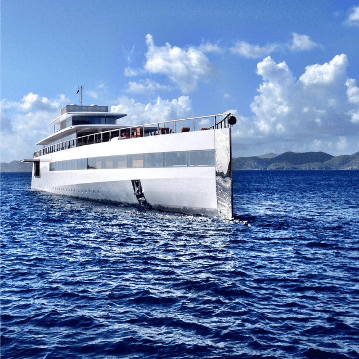 Yacht Steve Jobs 2