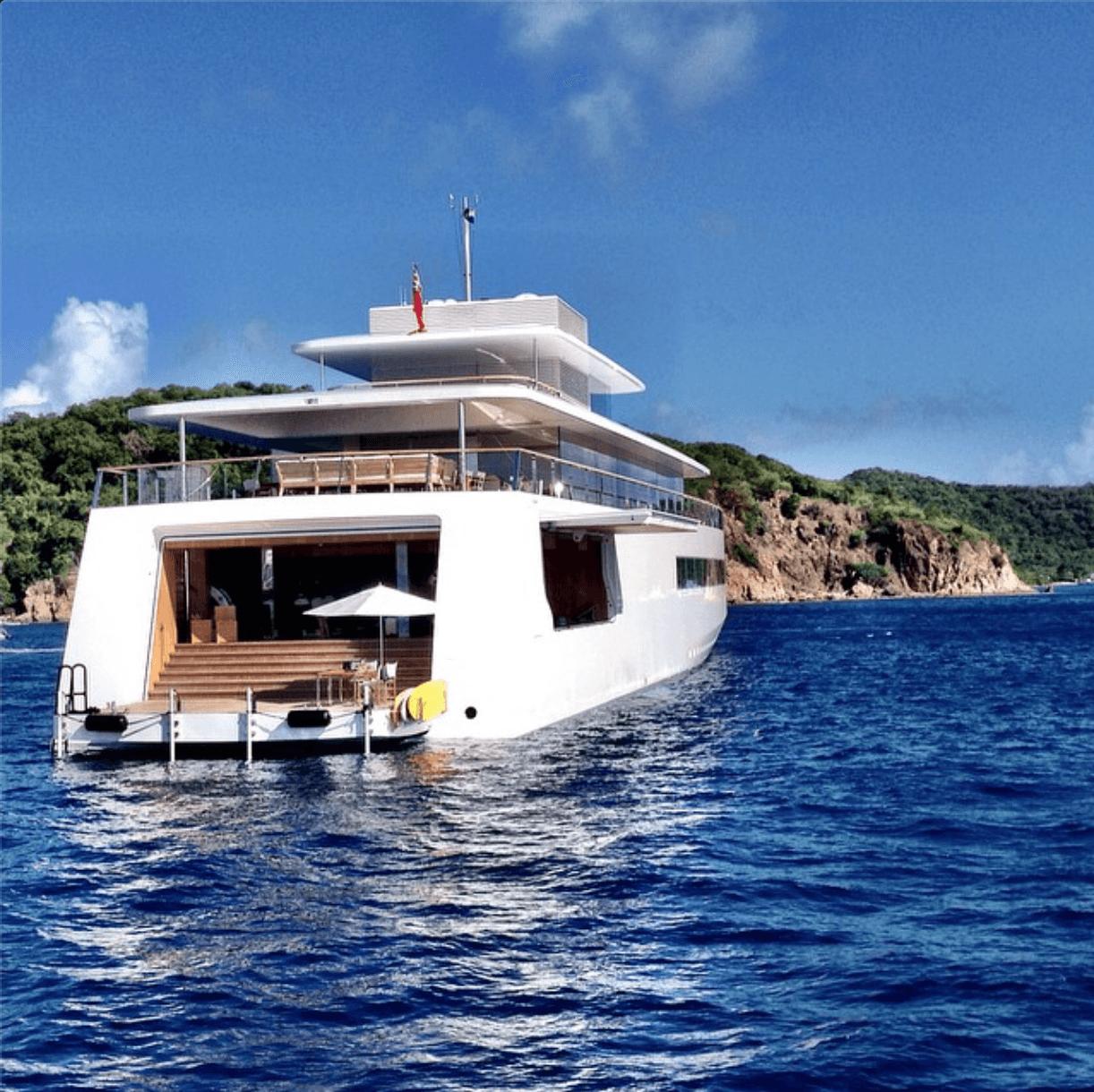 Yacht Steve Jobs