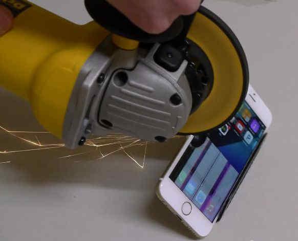 iPhone 6 polizor unghiular