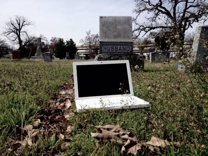 Macbook foarte bantuit