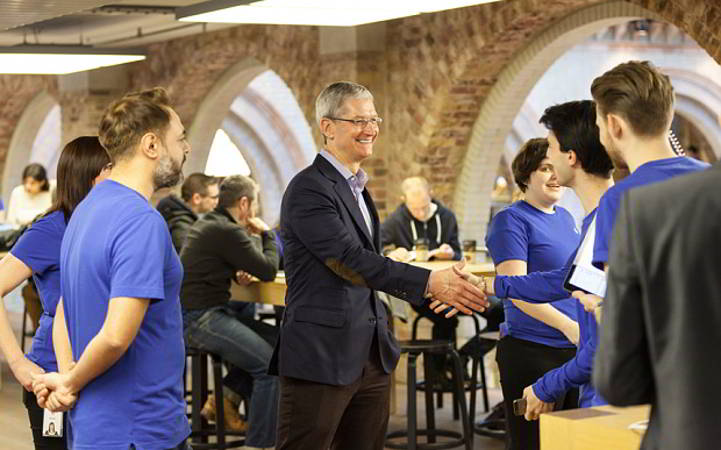 Tim Cook Apple Watch Londra