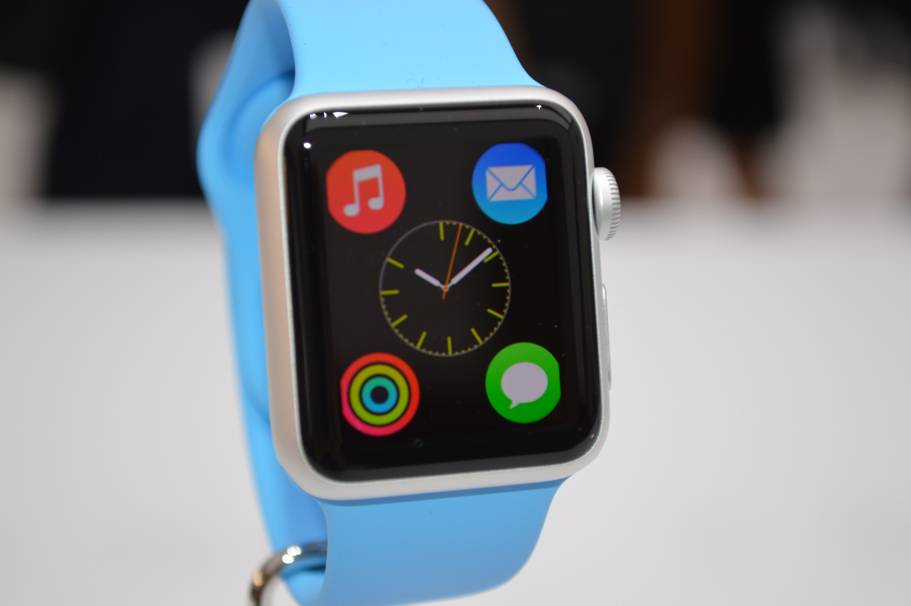 Apple Watch albastru