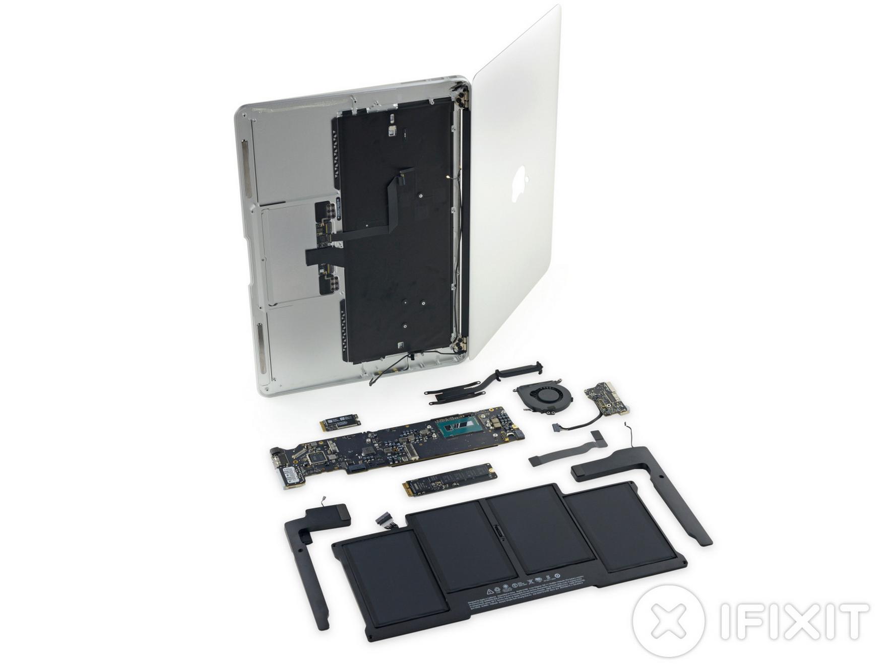 MacBook Air 2015 dezasamblare 2