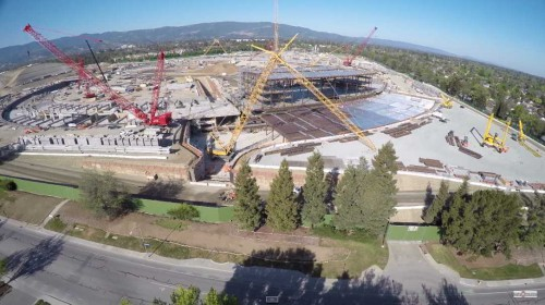 Apple Campus 2 4K drona