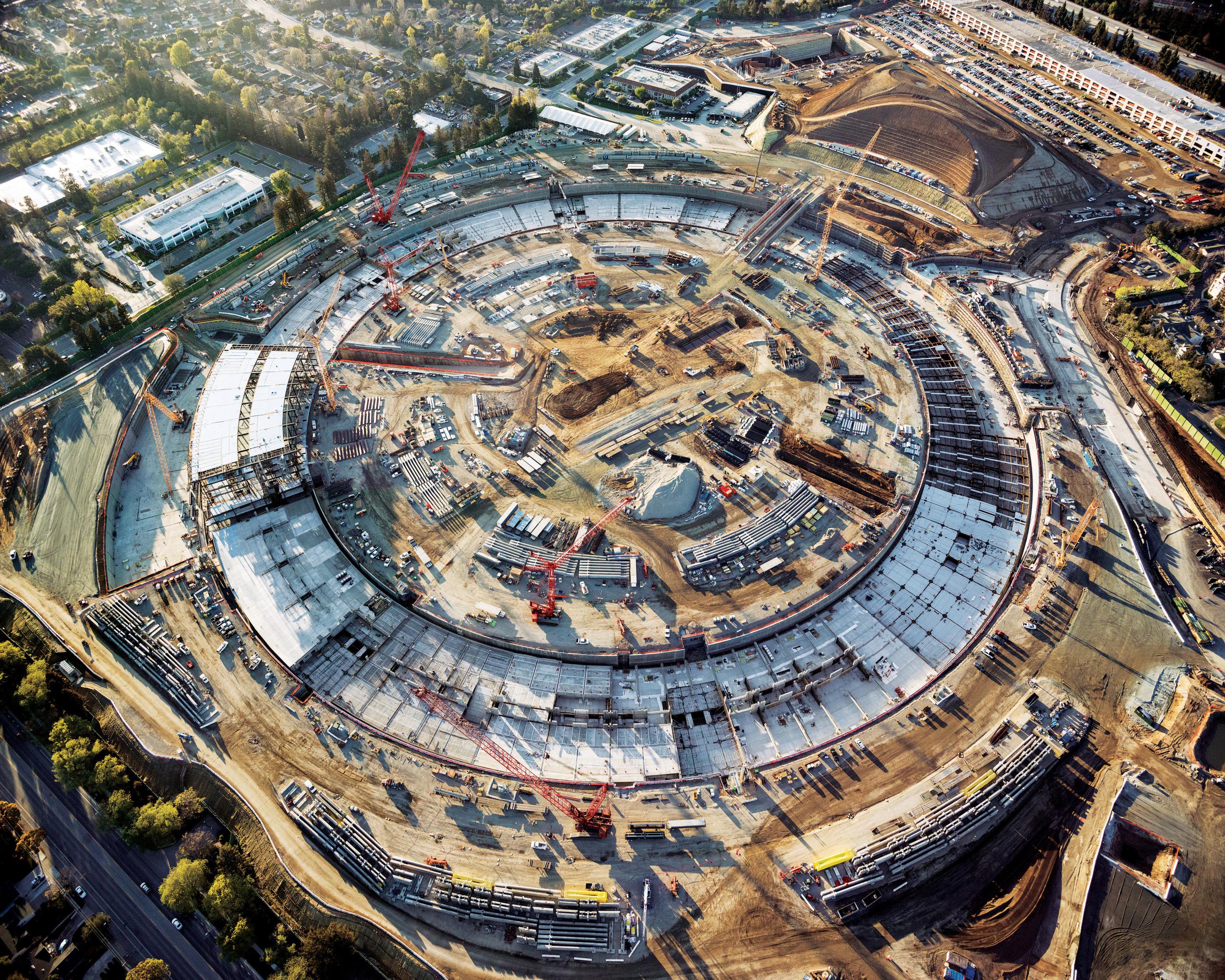 Apple Campus 2 dimensiune 3