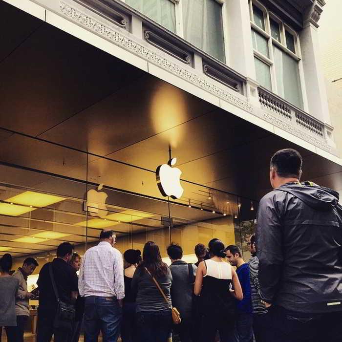 Apple Watch precomanda