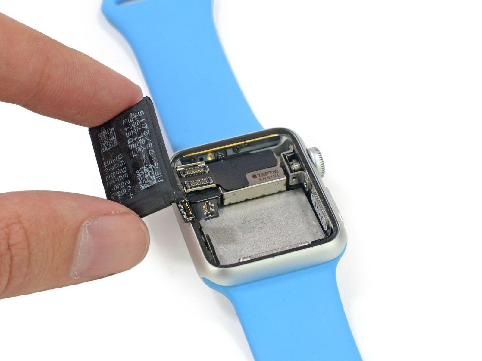 Autonomie Apple Watch si bateria iPhone