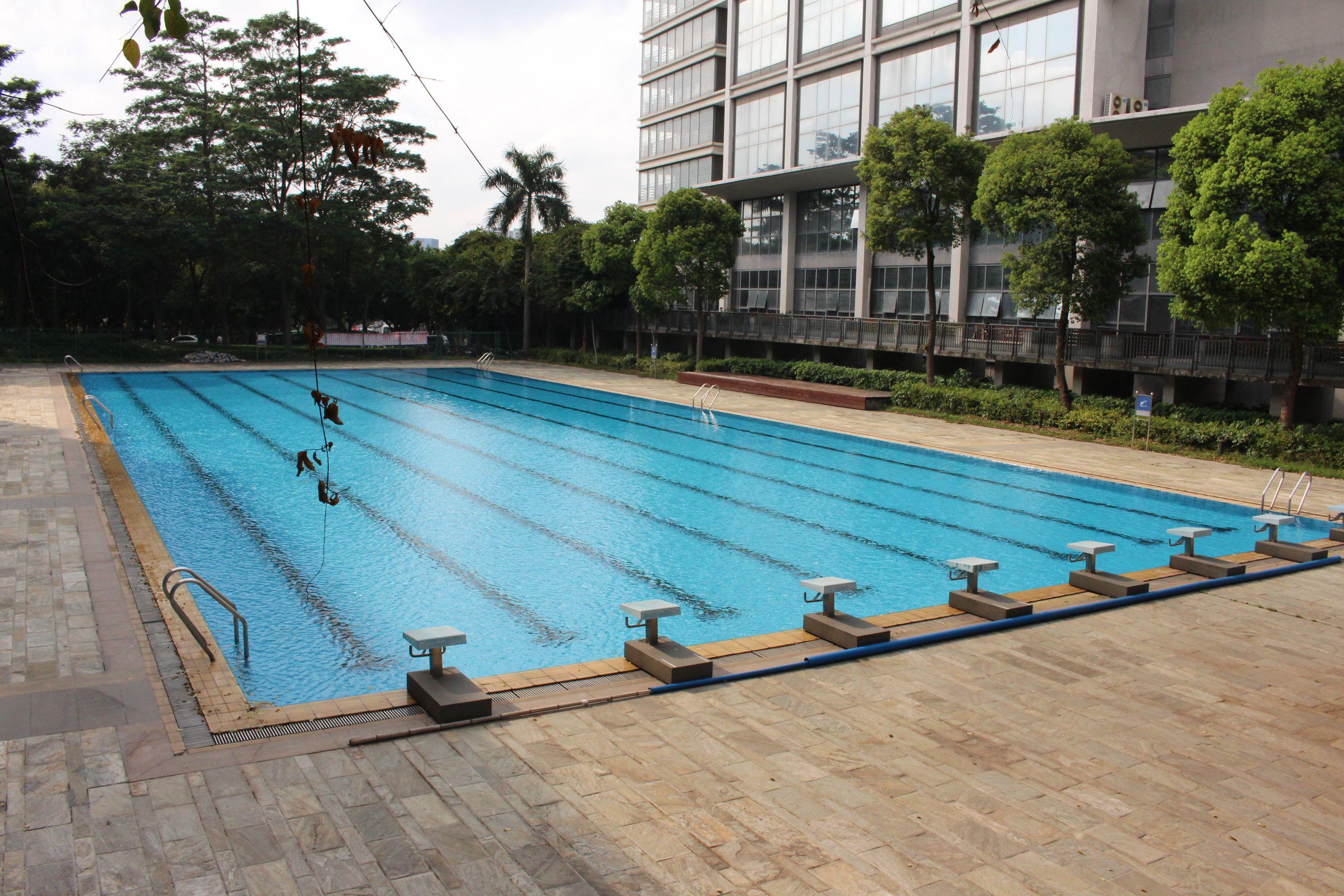 foxconn piscina
