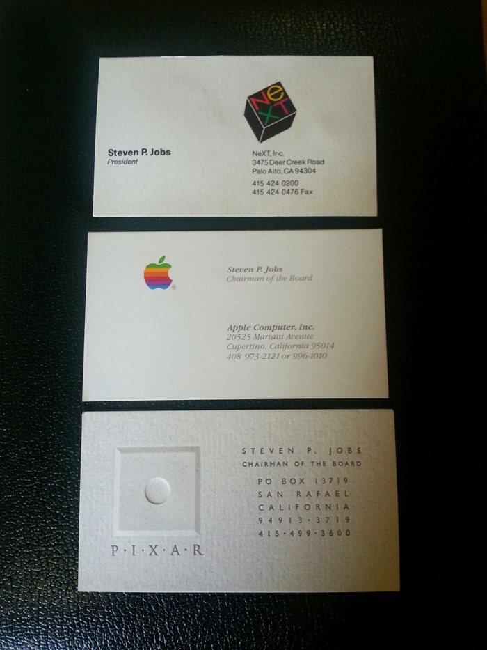 Cartile de vizita ale lui Steve Jobs s-au vandut cu 10.000 dolari