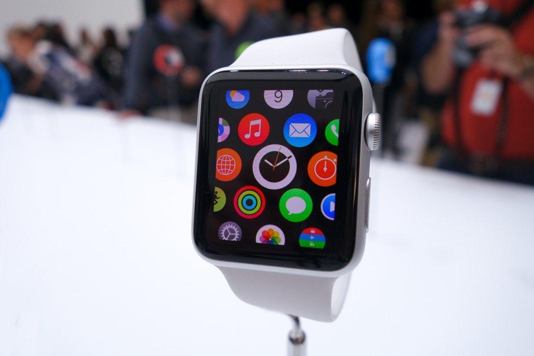 Apple Watch lansare 7 tari noi