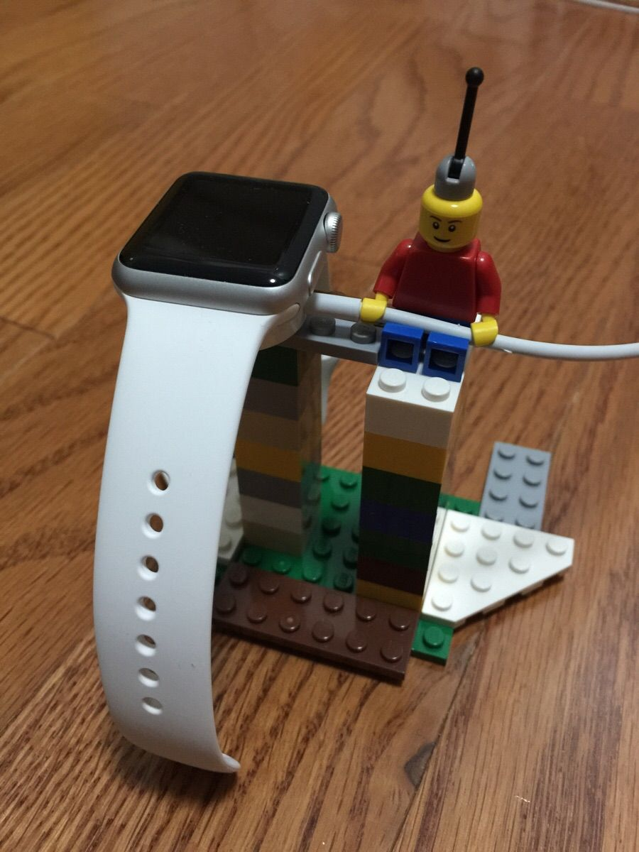 Apple Watch stand incarcare 1