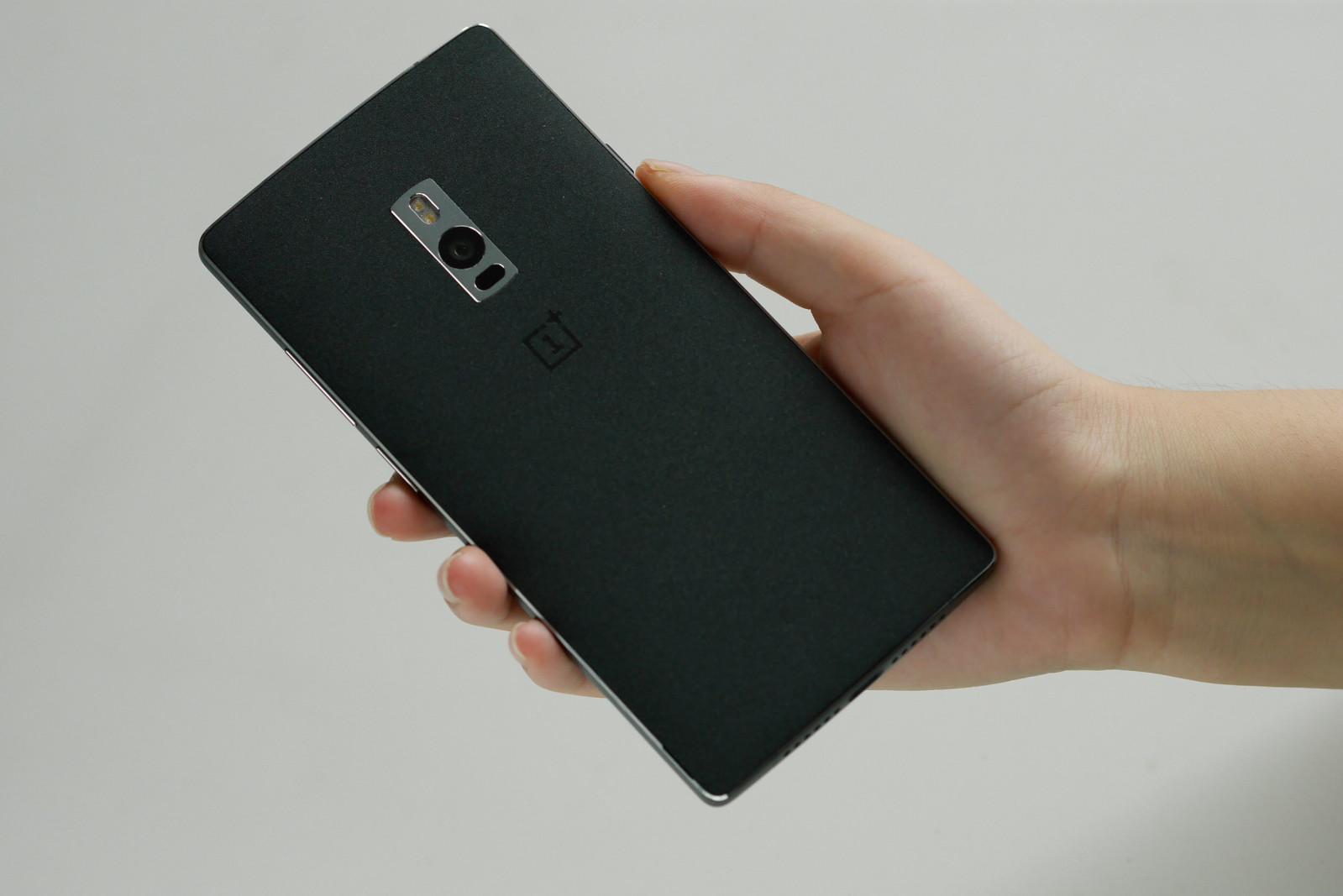OnePlus 2 imagini 1