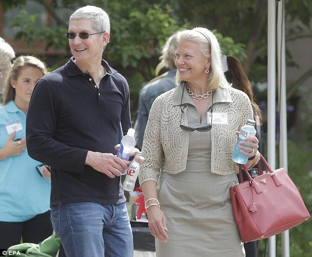 Tim Cook Bill Gates 3