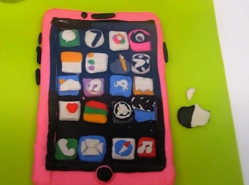 iPhone plastilina