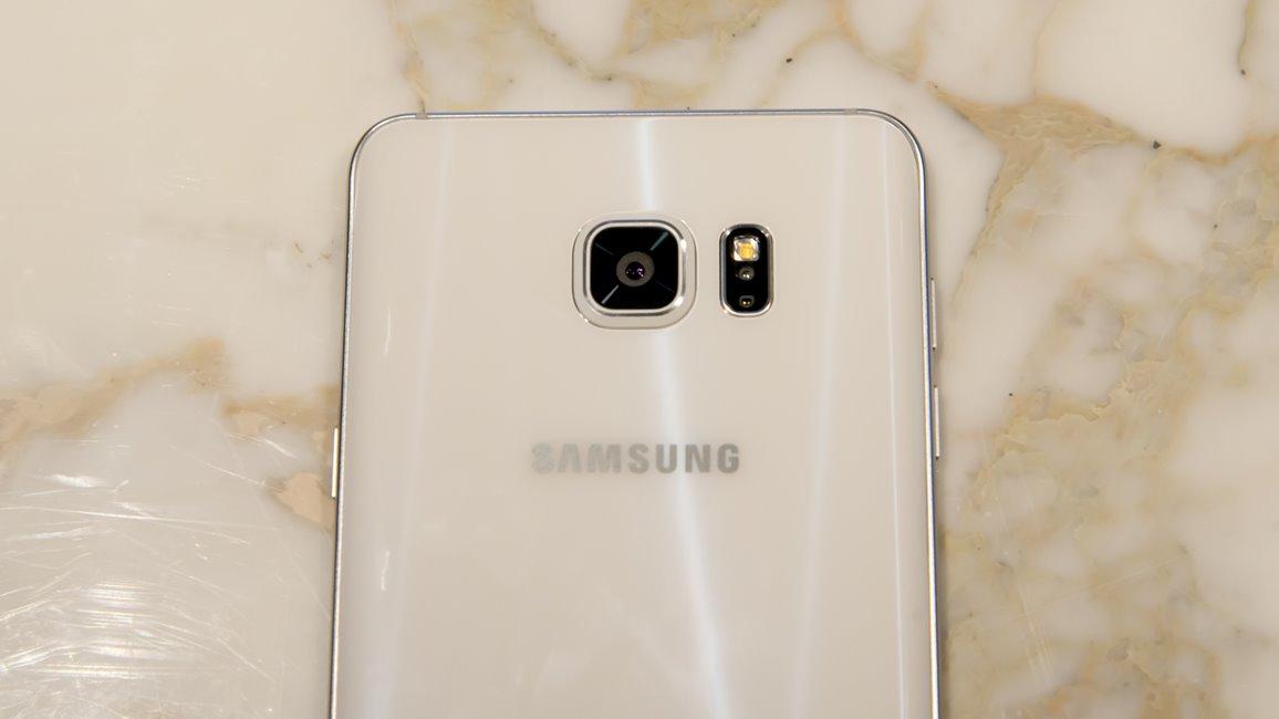 Samsung Galaxy Note 5 camera feat