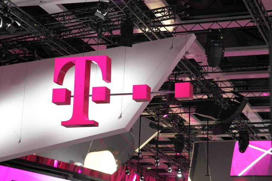 Telekom rezultate financiare T2 2015