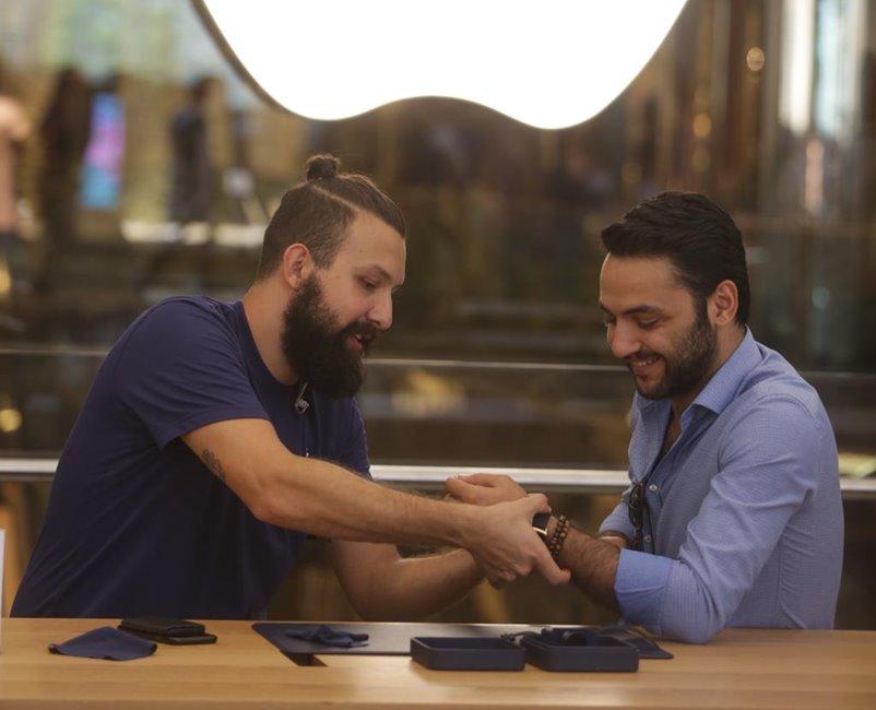 Tim Cook lansare Apple Watch Turcia