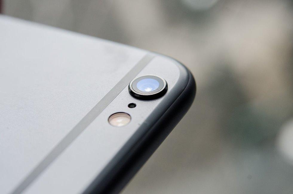 camera iPhone 6S 12 megapixeli, inregistrare 4K