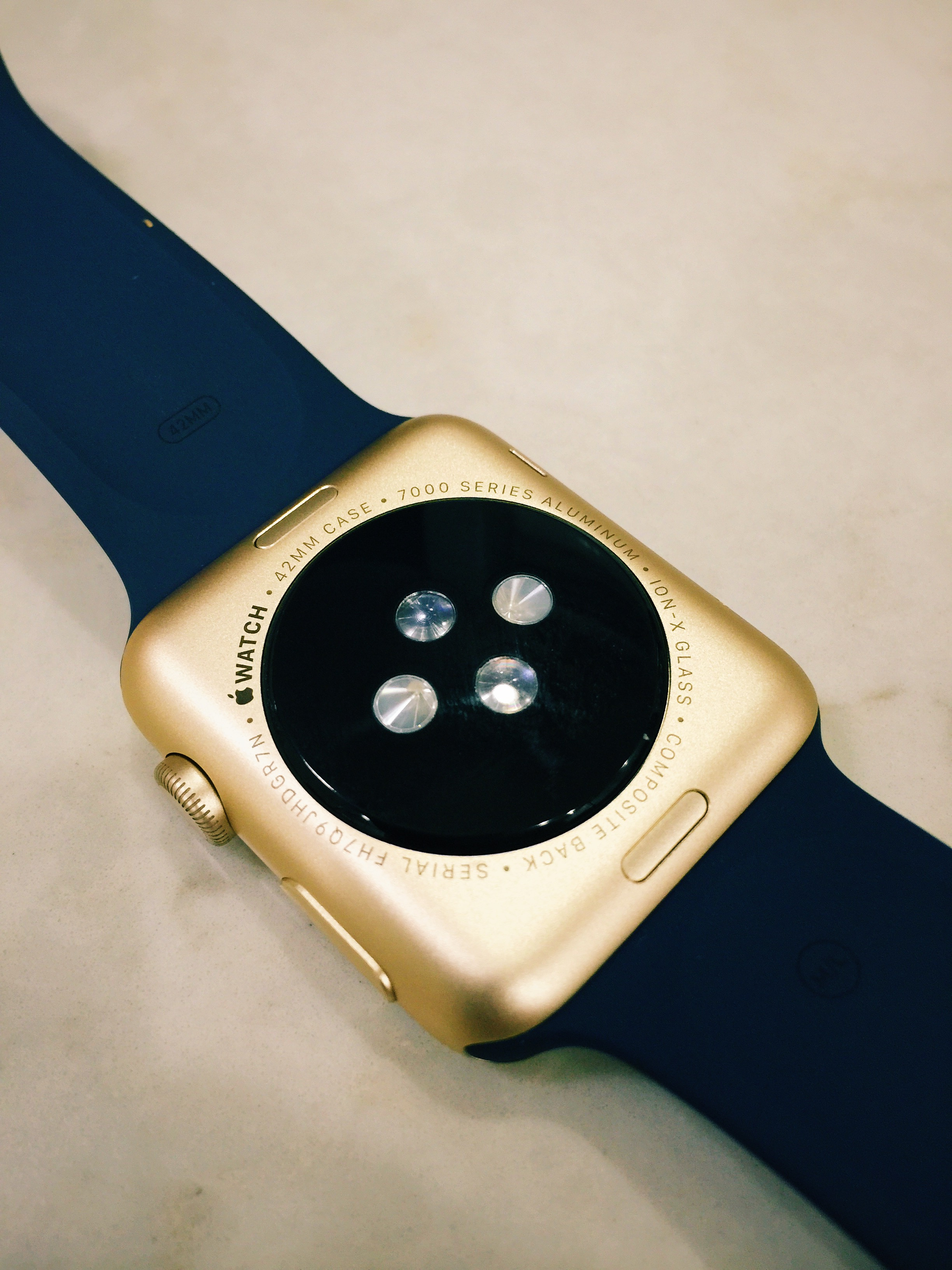 Apple Watch auriu