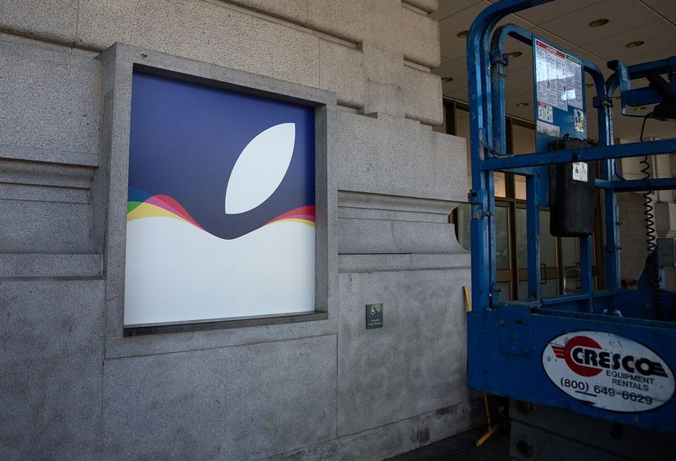 Apple amenajare locatie conferinta iPhone 6S 3