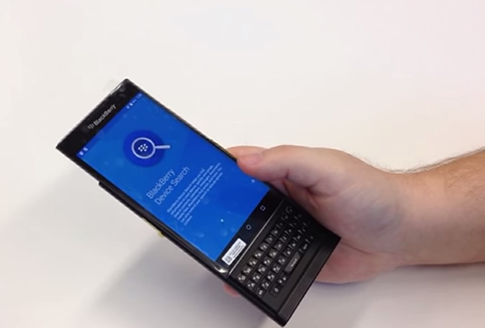 Blackberry lansare smartphone Android