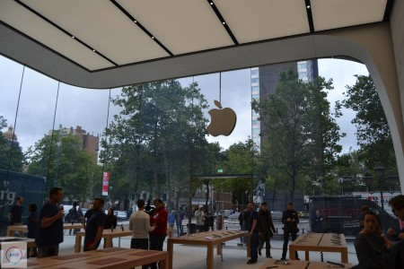 Primul Apple Store design Jony Ive 2