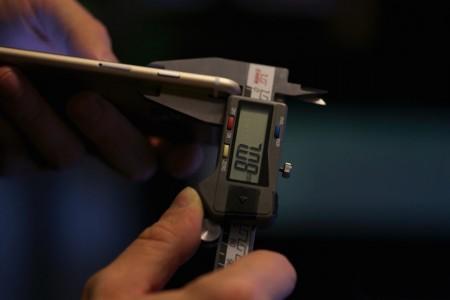 iPhone 6S grosime carcasa