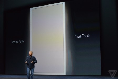 iPhone 6S si iPhone 6S Plus camera frontala 5 megapixeli flash selfie