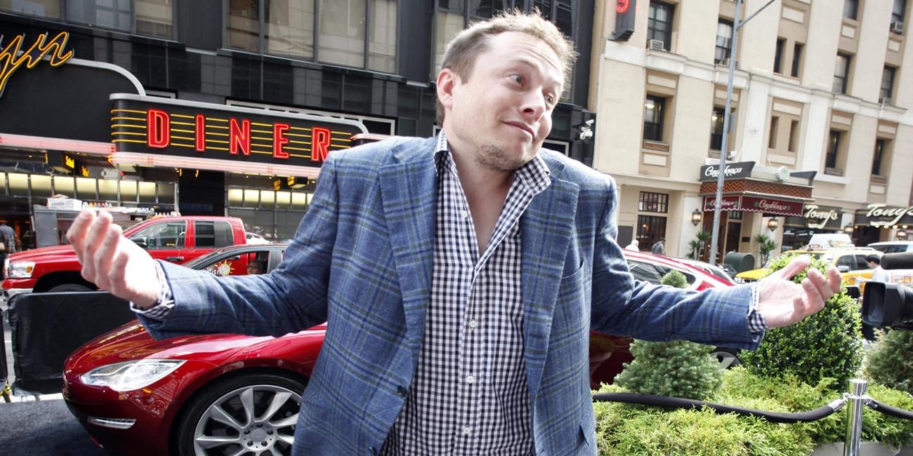 CEO Tesla lauda Apple Watch