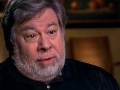 Steve Wozniak revenire Apple