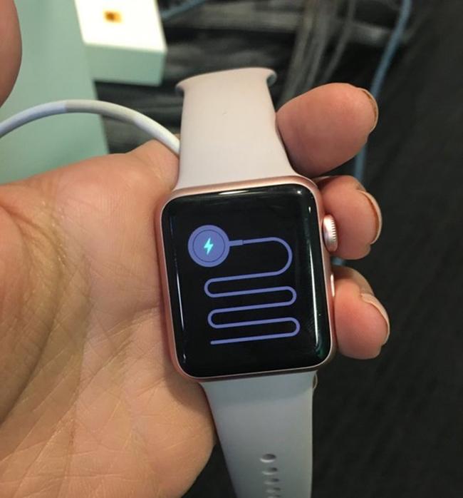 Apple Watch eroare misterioasa