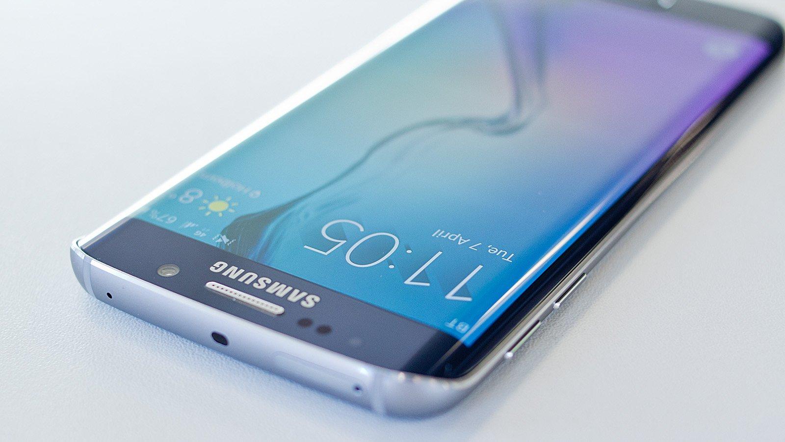 Samsung Galaxy S7 - camera ISOCELL de 20 megapixeli