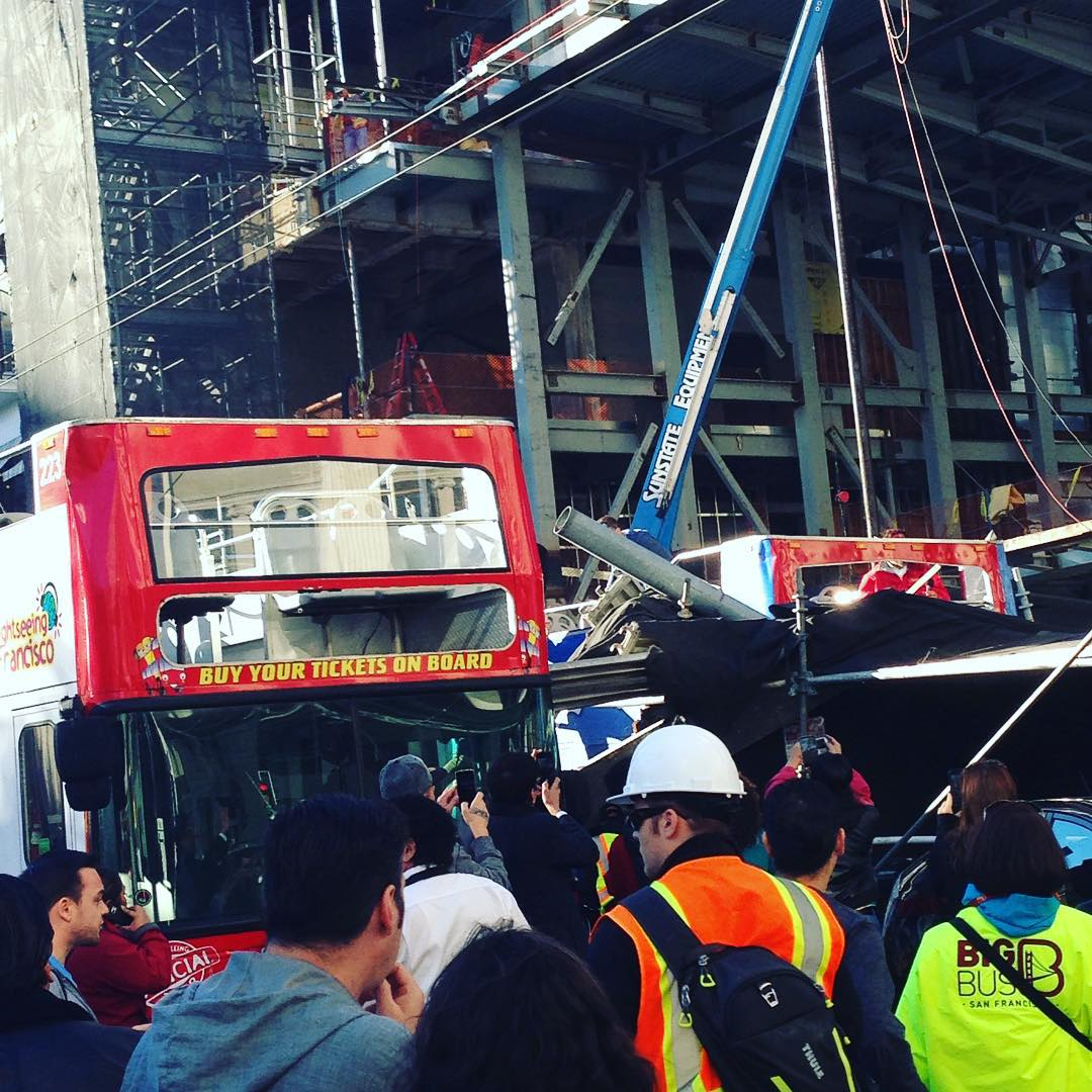 persoane ranite grav autobuz 1
