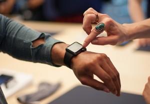 Apple Watch 2.1 milioane unitati