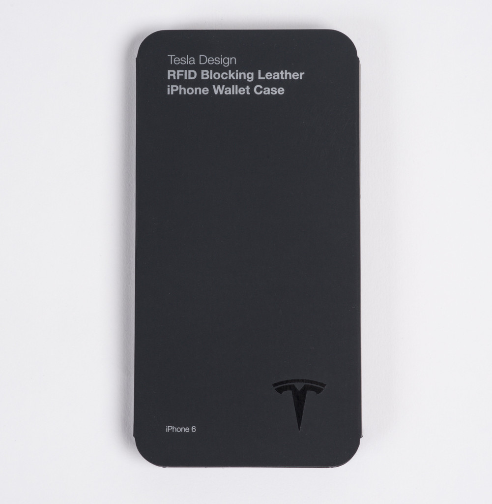Tesla carcasa iPhone rest tapiterie 2