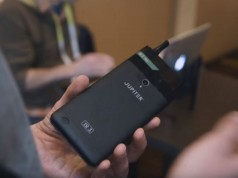 Jupiter IO 3 smartphone fumat
