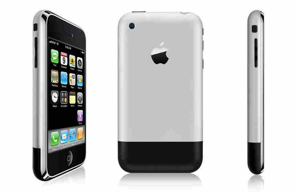 iPhone 2G 9 ani