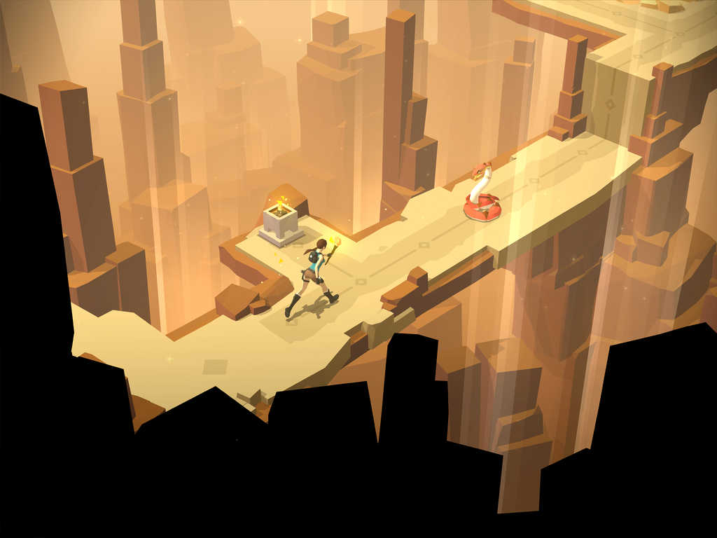 Lara Croft Go reducere iPhone