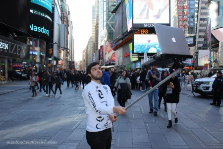 MacBook Selfie Stick 2 - iDevice.ro