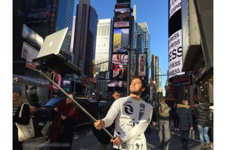 MacBook Selfie Stick - iDevice.ro