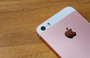 camera iPhone SE comparatie