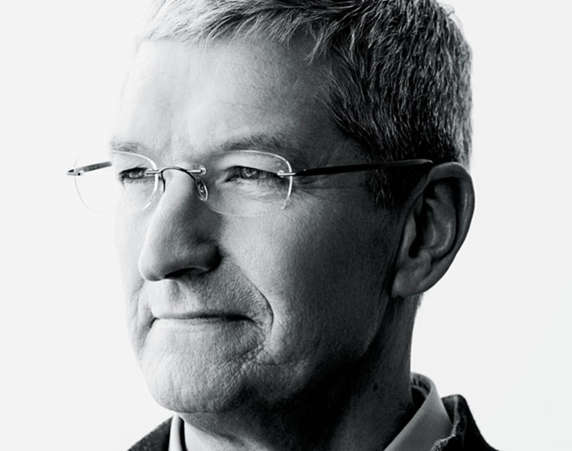 Tim Cook influenta lume