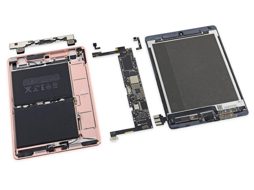iPad Pro 9.7 inch dezasamblare