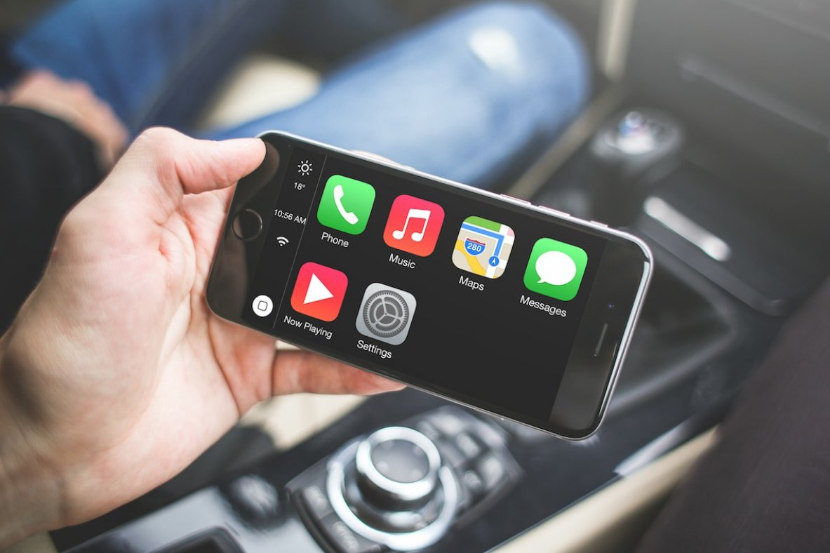 CarPlay iPhone iPad